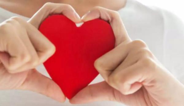 Какво да правим, ако тайно сме влюбени в известна личност