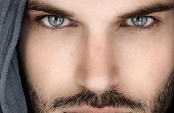 За какво говорят очите на мъжа: Как да разберете дали някой се интересува от вас