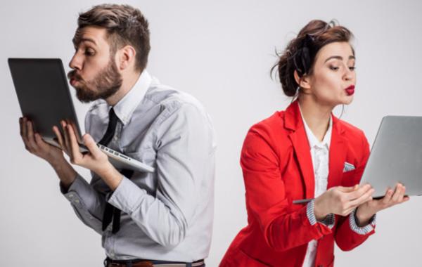 Как да се наслаждавате на социалните мрежи и да спрете да се сравнявате с другите