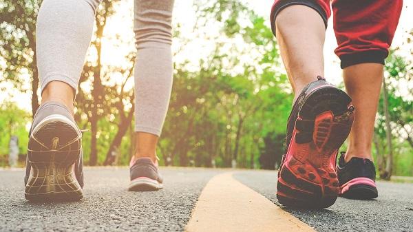 Да превърнем разходката във фитнес
