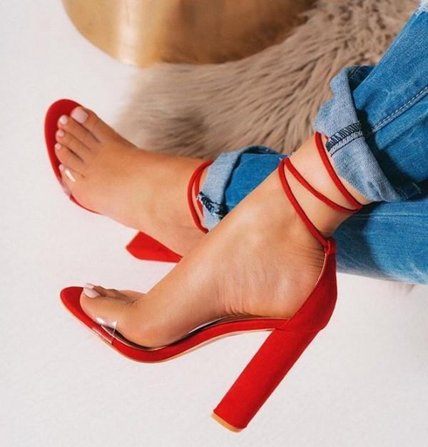 Тенденции в модните обувки за пролет-лято 2021