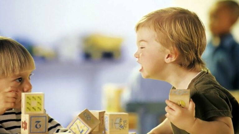 6 причини за детската агресия и как да се справите с нея