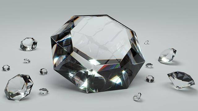 Красота: Откриха един от най-големите диаманти в света (видео)