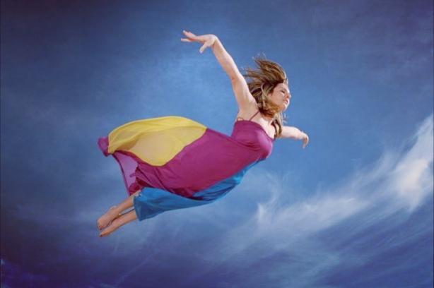 Полет на сън: тълкуване на сънища за летене според съновника на Фройд, Милър и други