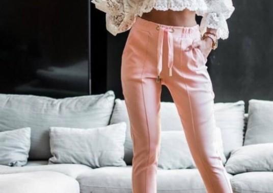 Ода за лененият панталон – вижте единственият модел, който изглежда стилно и държи хладно в жегата