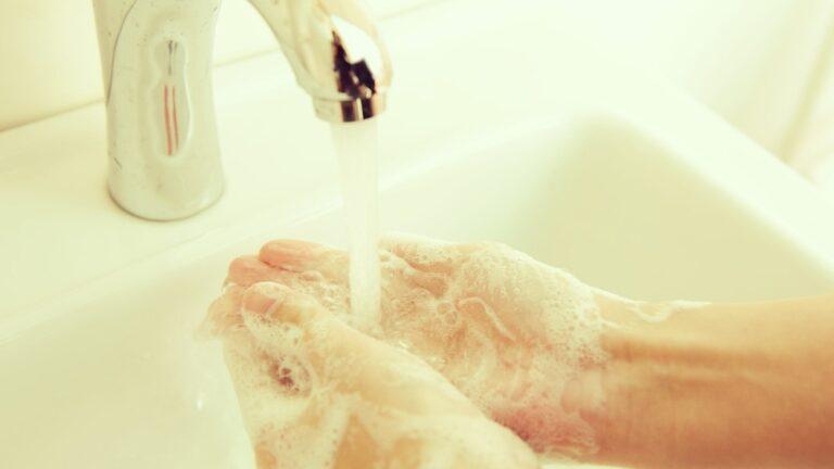 Най -честите грешки в личната хигиена, които саботират здравето ви