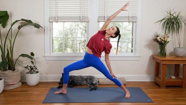 Можем ли наистина да отслабнем с йога? Попитахме експертите как да го направим правилно