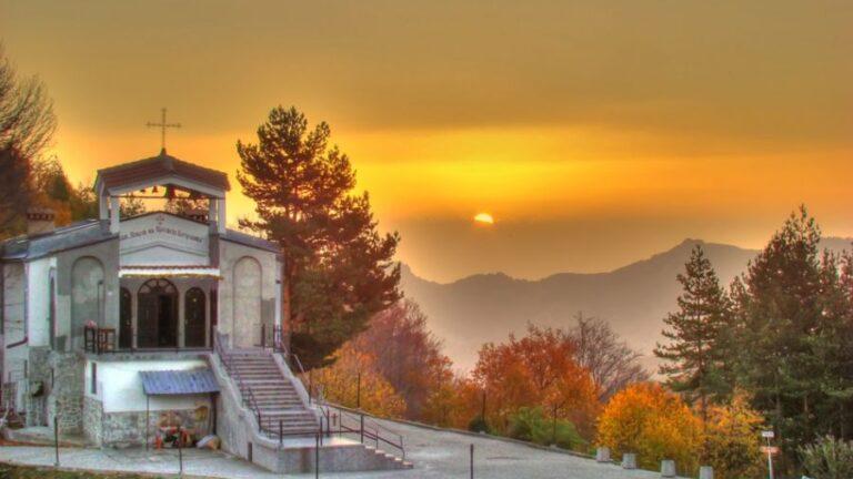 В нощта срещу 14 септември на Кръстова гора Господ дарява здраве на вярващите